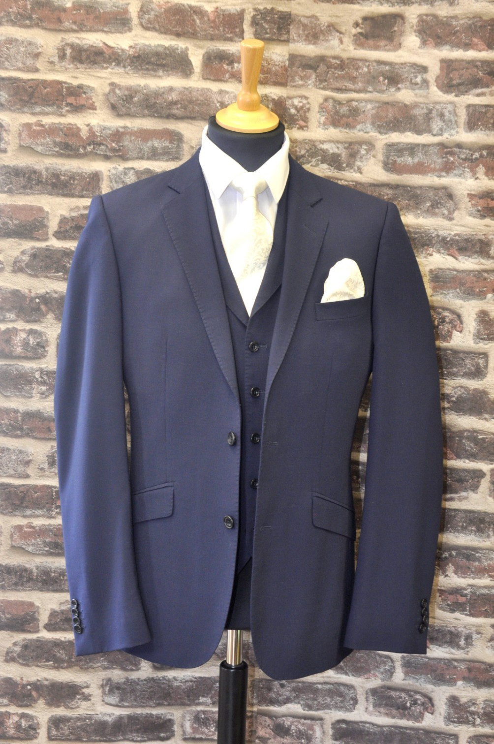 Magee Navy Suit