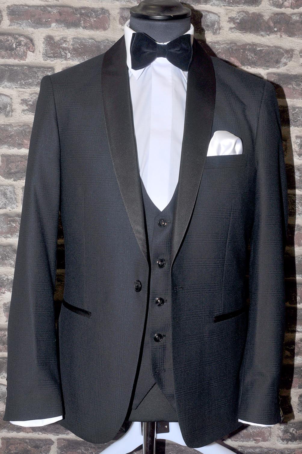 Shawl Lapel Black Check Tuxedo